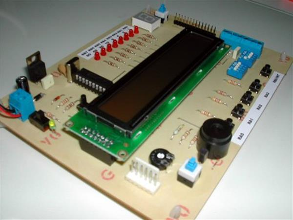Driving an 8 digits 7 segment display with Arduino and